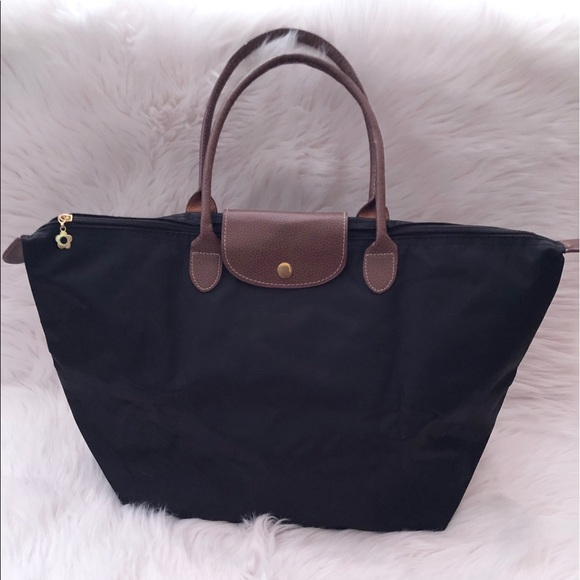 Handbags - Black Canvas Tote EUC
